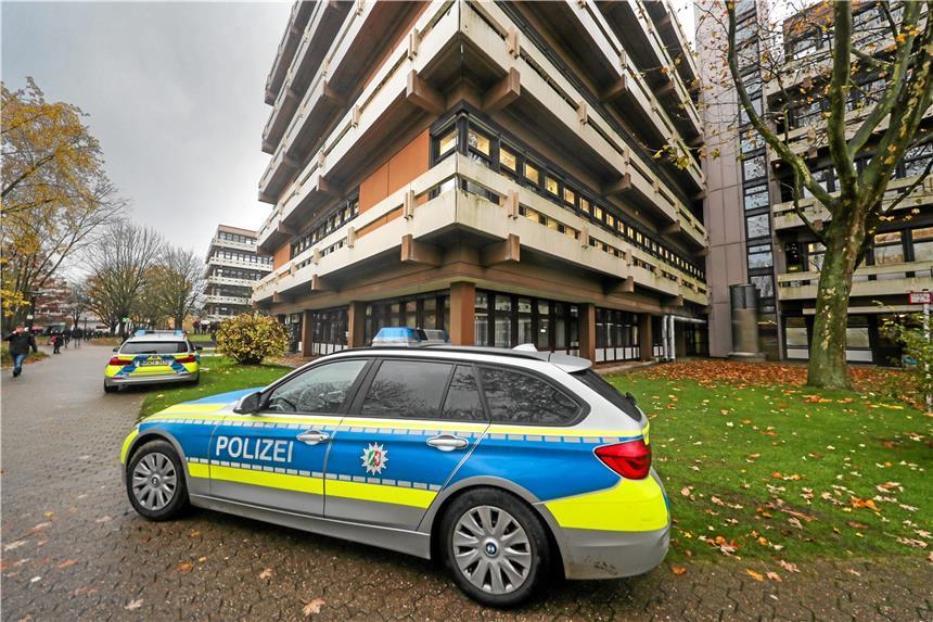 Handgranaten-Attrappe - Hörsaal der TU Dortmund geräumt