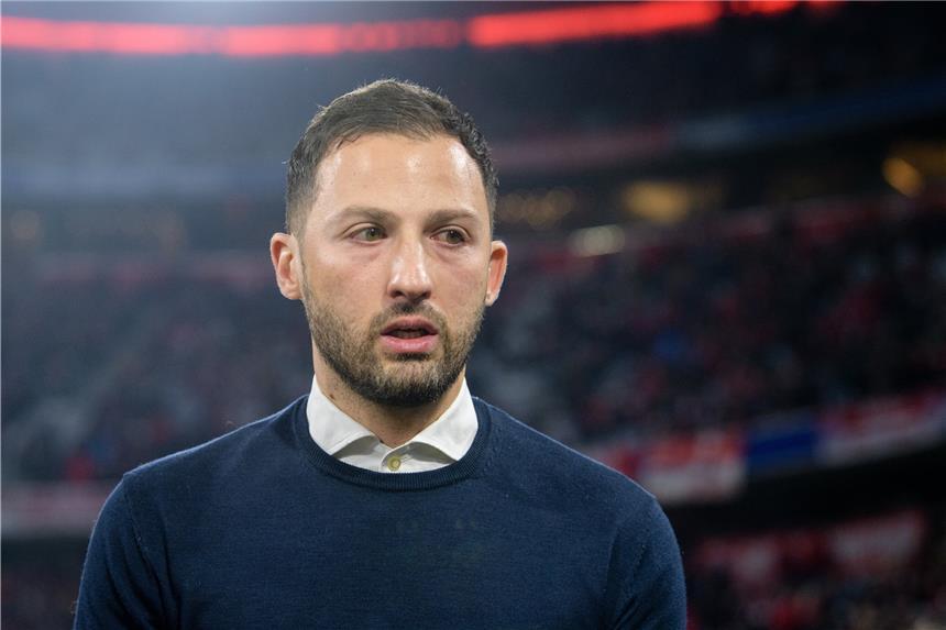 Schalke rechnet mit Meyer-Abgang