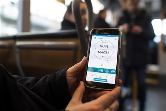 Pilotprojekt geht in zweite Phase: VRR-Ticket per Handy-App