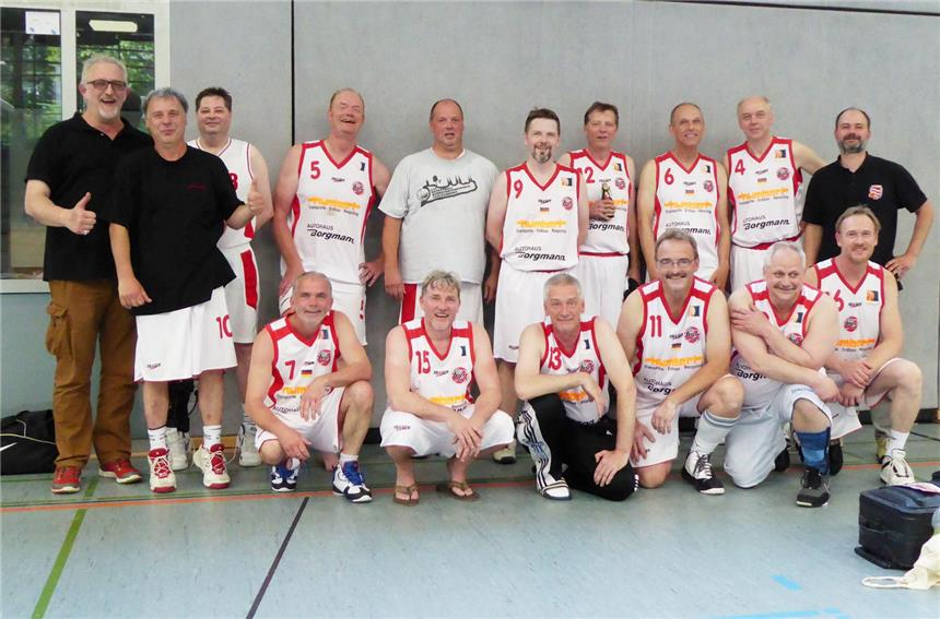 BSV-Oldies genießen Ü50-DM in Pinneberg