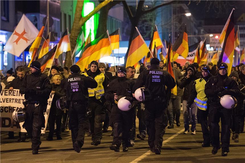 Duisburger Pegida-Organisator in Dortmund festgenommen