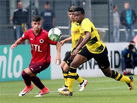 Hype um 12-jähriges BVB-Talent Moukoko