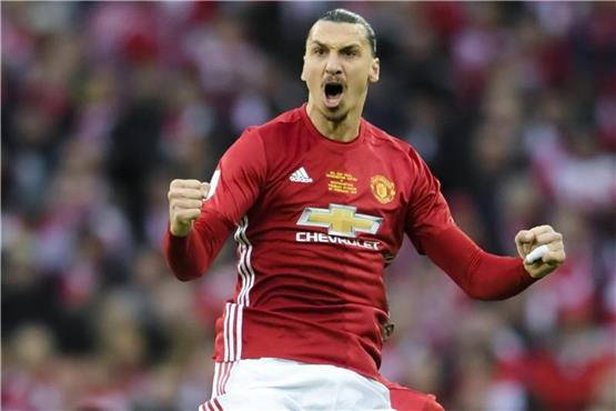 Ibrahimovic bleibt bei Manchester United