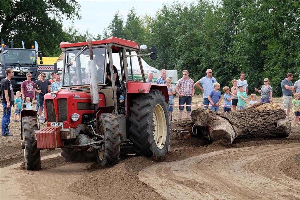 Klettergerüst Traktor : Als der porsche noch über den acker fuhr