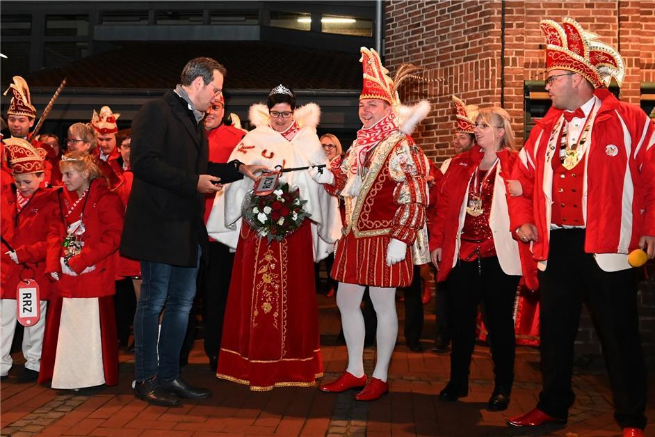 So haben die Raesfelder Karnevalisten ihren Bürgermeister entmachtet - Dorstener Zeitung