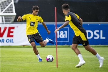 BVB-Youngster Jude Bellingham (l.) und Jadon Sancho beim Training.