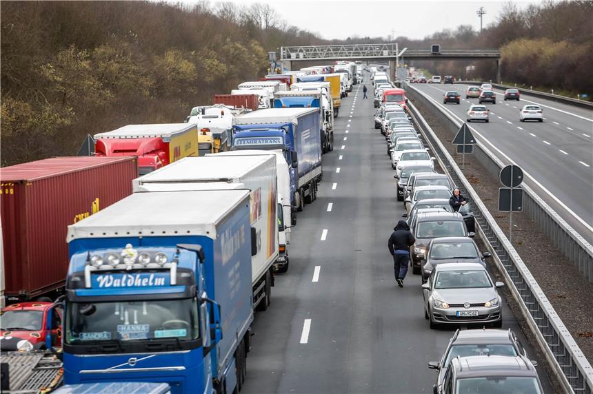 Welche Autobahn Ist Gesperrt