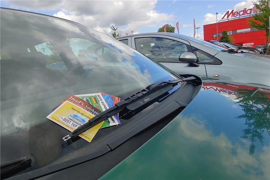Wer Hinter Den Autokärtchen Steckt Und Was Verkäufer