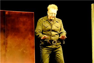 "Martin Semmelrogge als Jago in Shakespeares ""Othello"".  Foto: Mack"