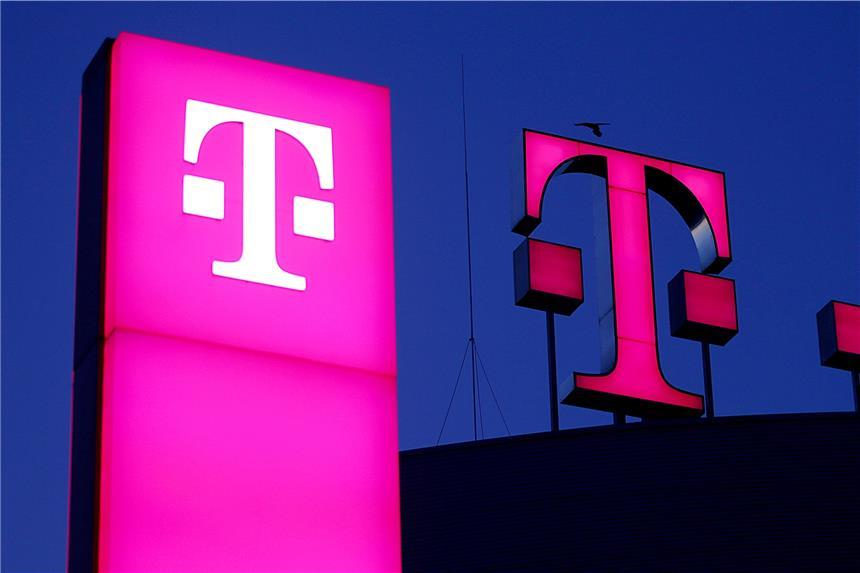 Telekom Mitarbeiter Klingeln An Haustür